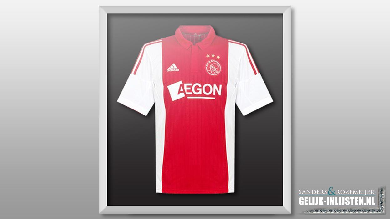 Ajax shirt inlijsten