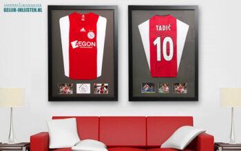 Ajaxshirt aan de muur?